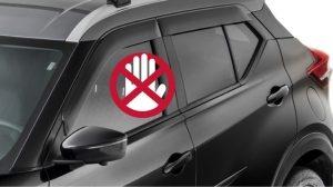 AUTOMATIZADOR DE VIDROS (4 PORTAS) Mecanismo de subida expressa dos vidros com segurança devido à função antiesmagamento. Fechamento dos vidros integrado ao sistema de alarme, com acionamento pela chave.